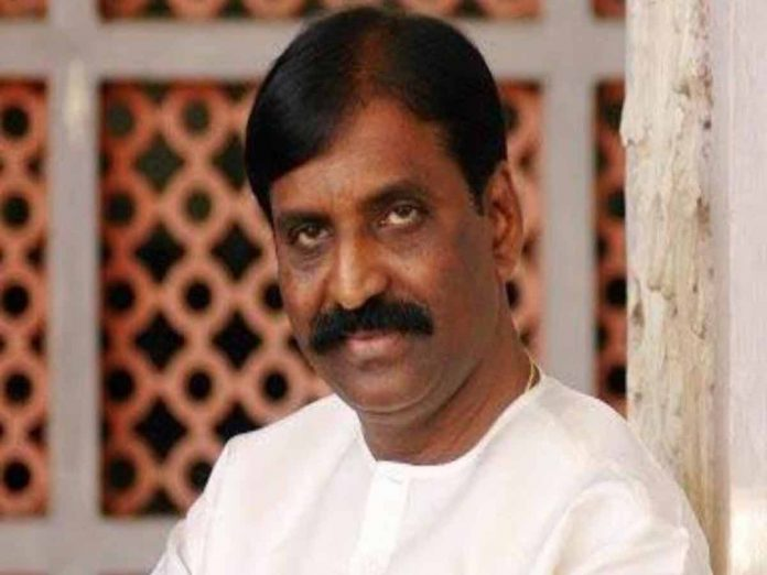 Actresses question ONV award to Vairamuthu