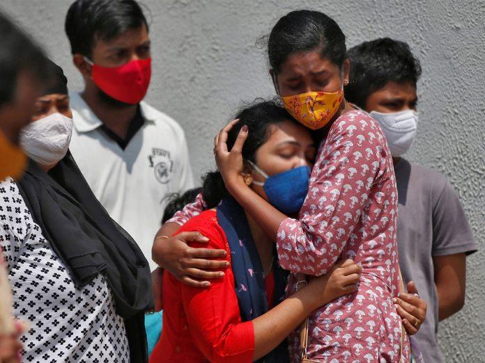 ప్రభుత్వ బీమా ఉన్న.. లేకున్నా రూ. 10 లక్షల పరిహారం