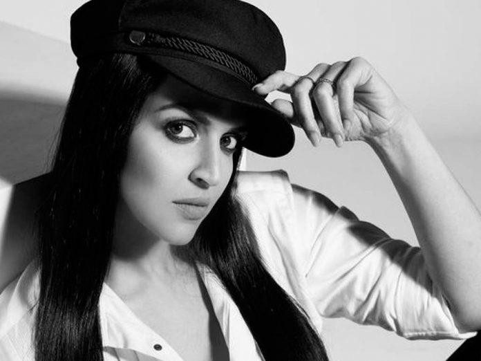 Esha Deol turns producer with Ek Duaa