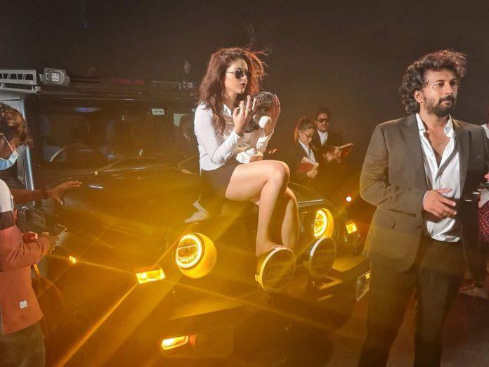 Satyadev and Priyanka Pic from Thimmarusu Promo Shoot