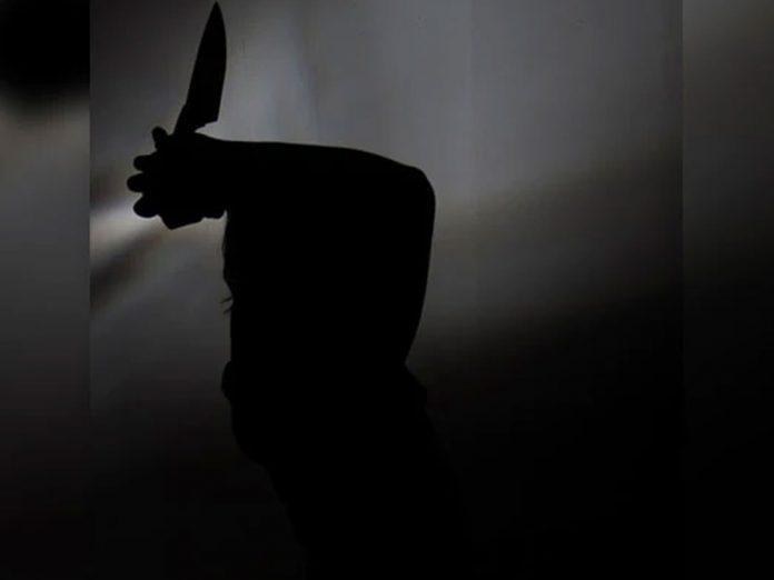 తండ్రి కూతురు దారుణ హత్య.. పరారీలో అల్లుడు