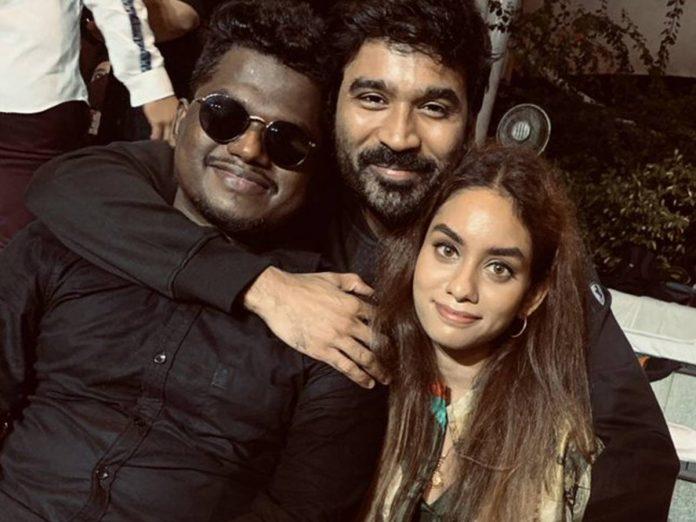 Kollywood Star Dhanush Pic with Enjaami