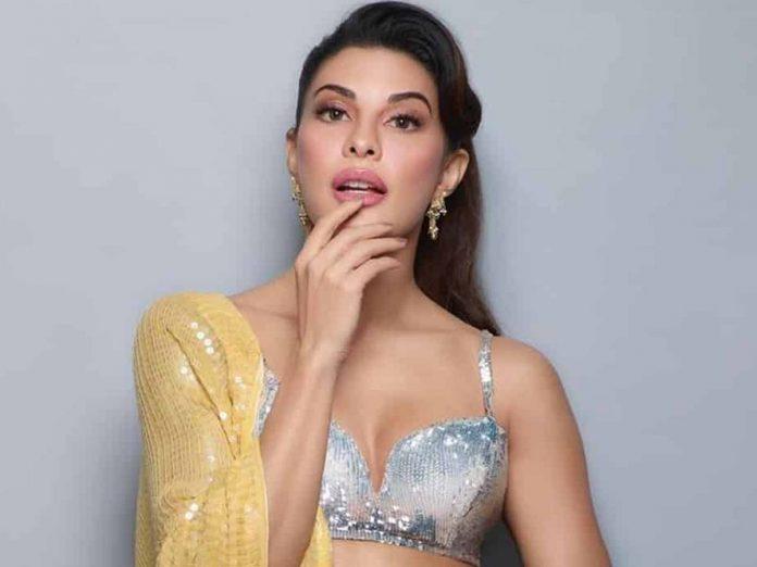 Sukesh Chandrasekhar used to spoof call Jacqueline Fernandez