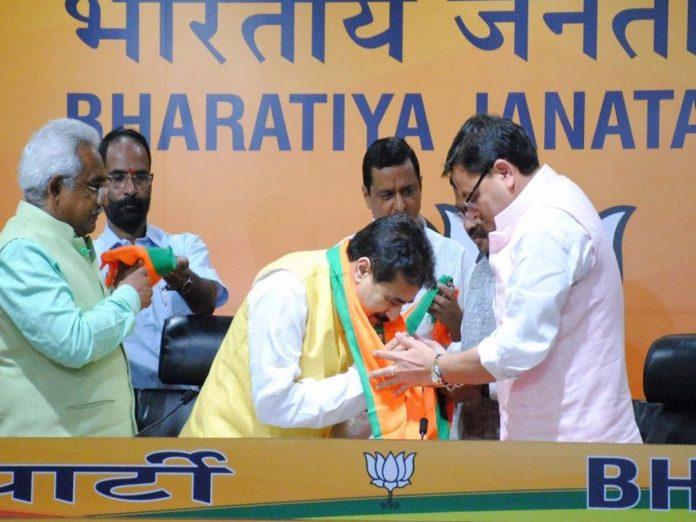 ఉత్తరాఖండ్లో కాంగ్రెస్పార్టీకి షాక్:  బీజేపీలోకి కాంగ్రెస్ నేతలు...