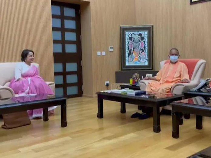 యూపీ సీఎంను కలిసిన కంగనా రనౌత్