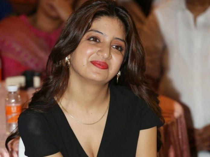 ప్రకాశ్ రాజ్ కు సినీ నటి పూనమ్ కౌర్ మద్దతు